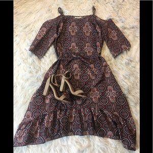 Cold Shoulder Ruffle Dress 💃🏻